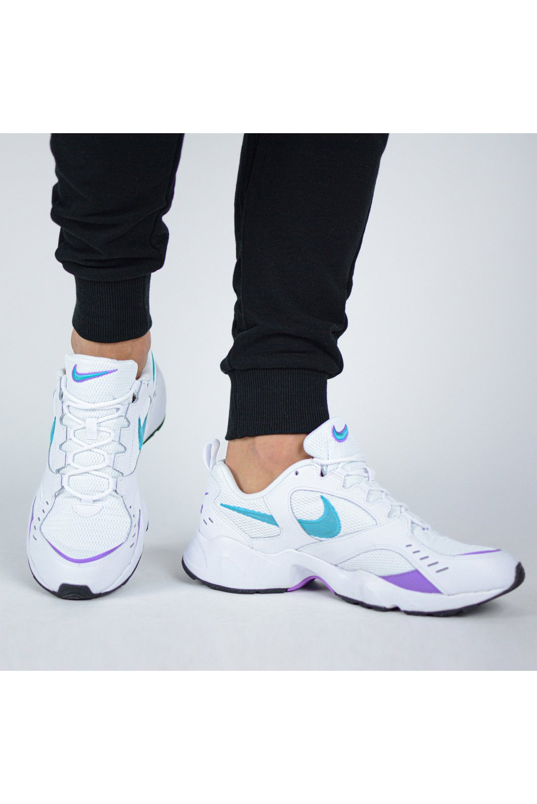 Baskets / Sport  Nike AT4522-100 AIR HEIGHTS 100 BLANC