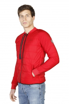 GEOGRAPHICAL NORWAY: Compact_man