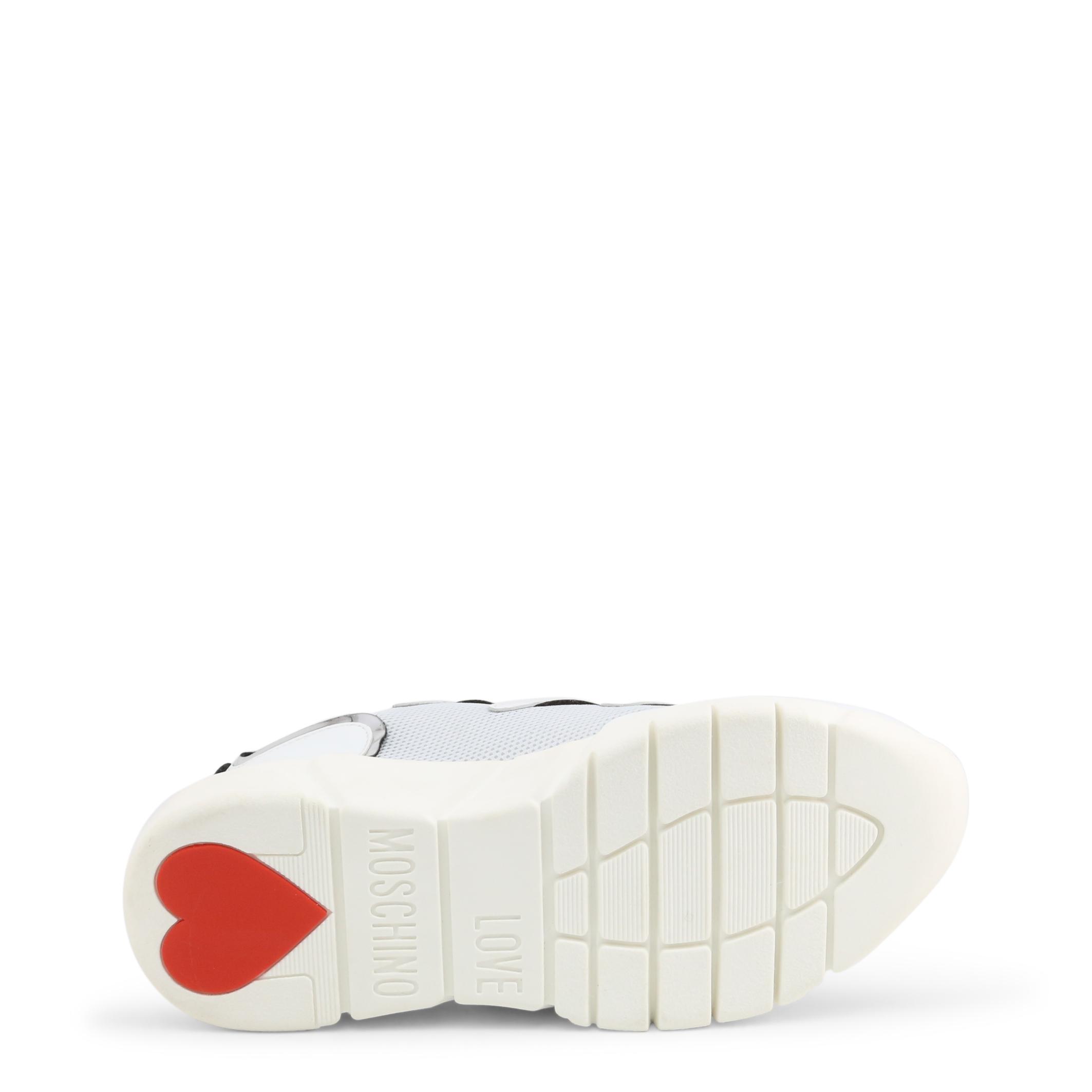 Baskets / Sneakers  Love moschino JA15153G1BIM_301A white