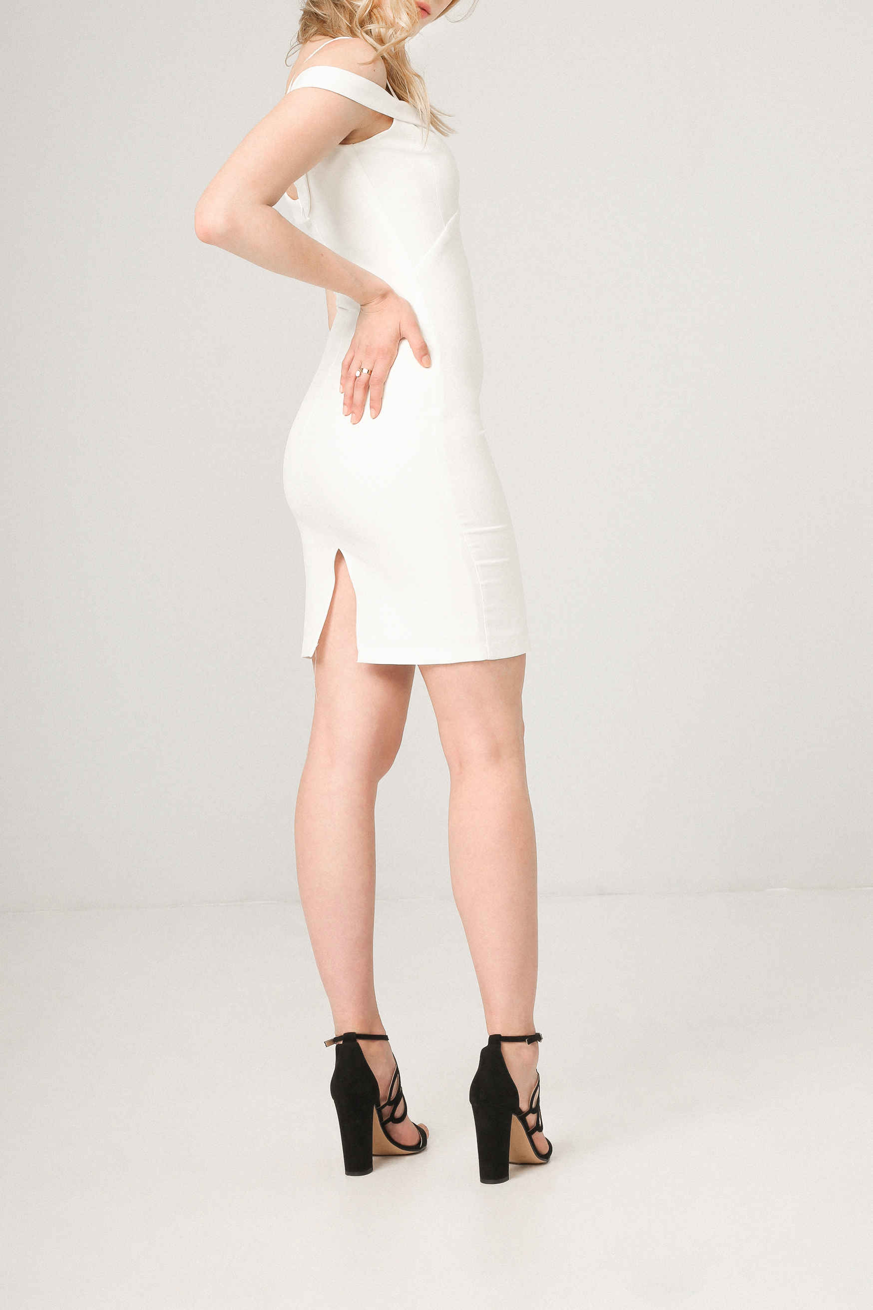 Robes  Fontana 2.0 MIRTA white
