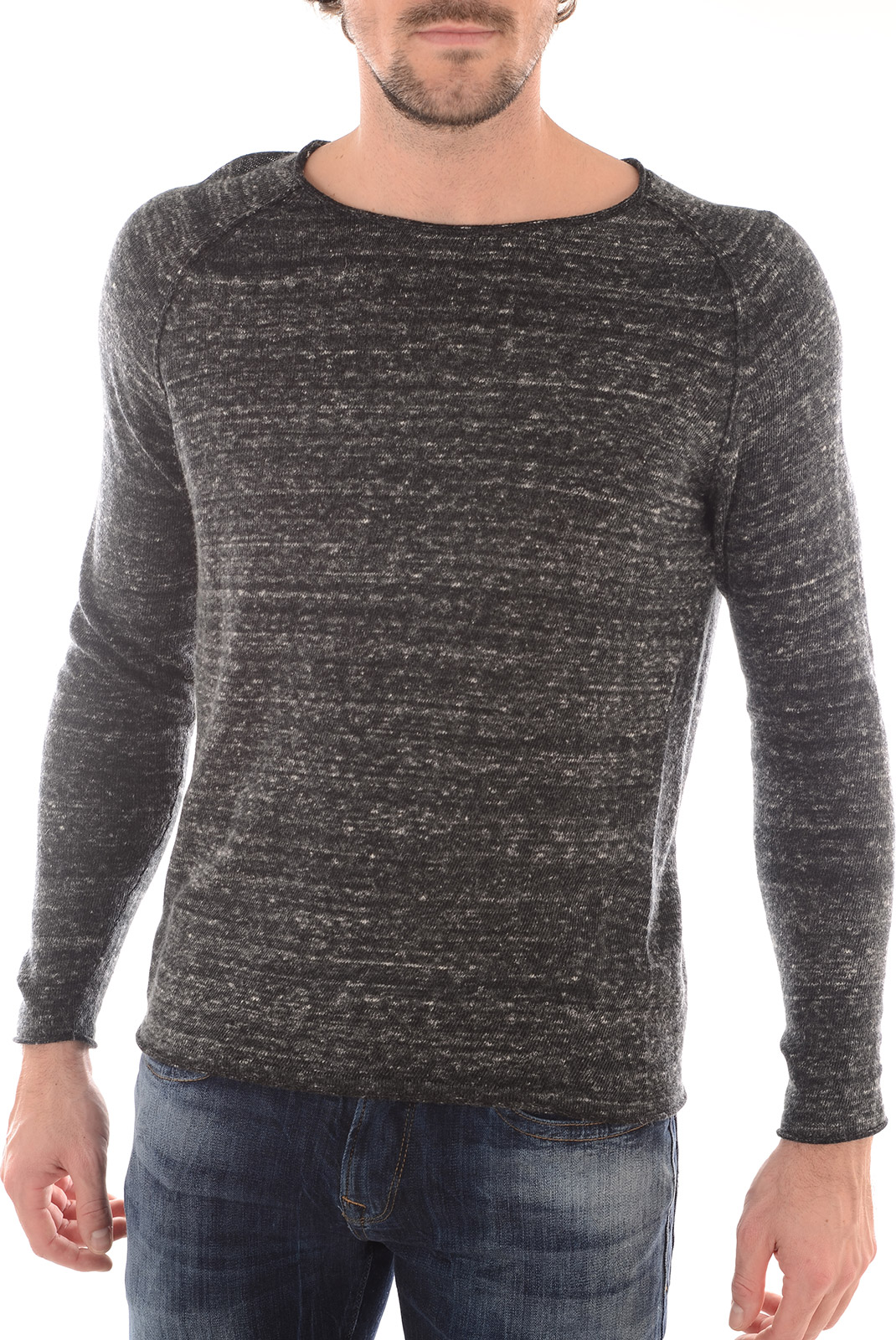 Pulls  Selected LATE CREW NECK GUNMETAL