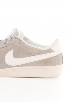 NIKE: COURT MAJESTIC 653485