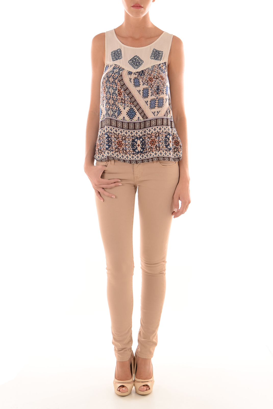 Tops & Tee shirts  Only NATALIE IKAT S/L WHITE SWAN