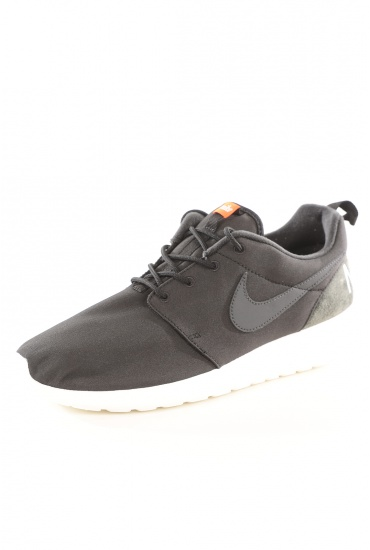 HOMME NIKE: ROSHE ONE RETRO
