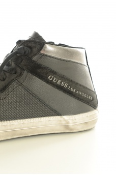HOMME GUESS: FMRG84LEA12