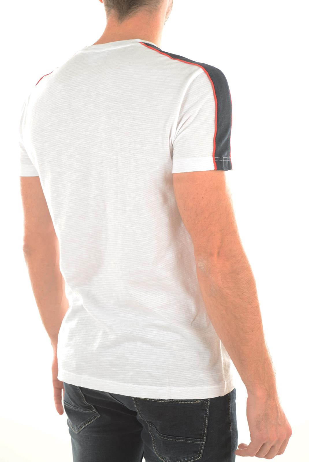 Tee-shirts manches courtes  Emporio armani 903017 6P625 WHITE 00010