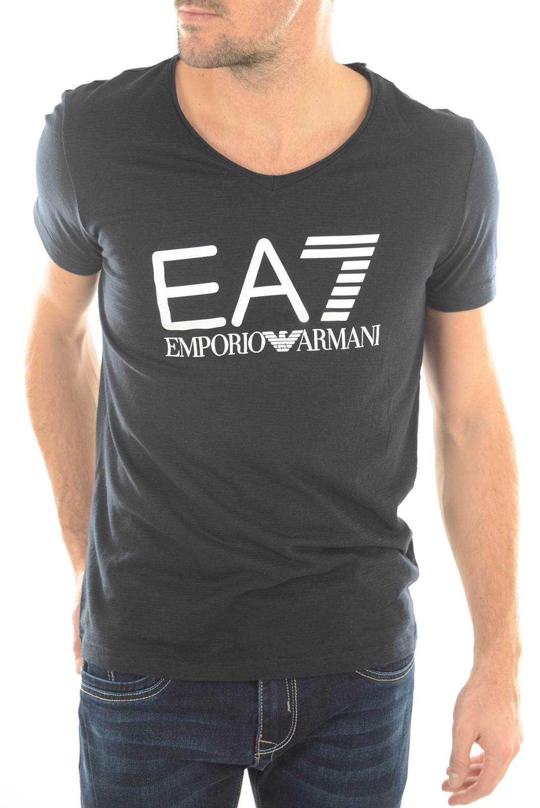Tee-shirts manches courtes  Emporio armani 903018 6P625 NAVY 02836