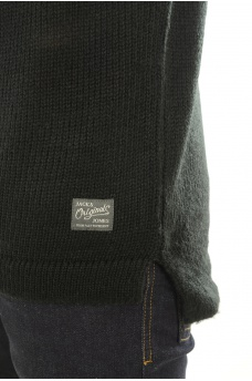 JACK AND JONES: ASYMMETRIC KNIT CREW