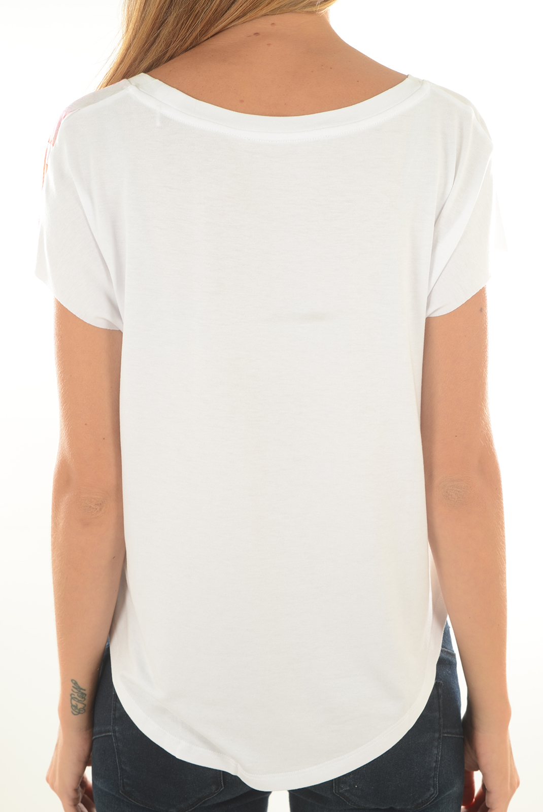 Tops & Tee shirts  Guess jeans W72I68 K54B0 A000 TRUE WHITE