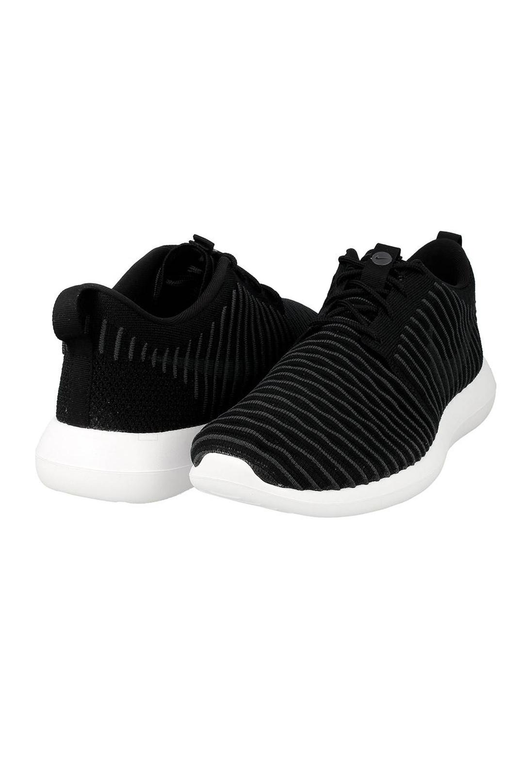 Baskets / Sport  Nike 844833 ROSHE TWO FLYKNIT 001 NOIR/BLANC/VOLT/GRIS