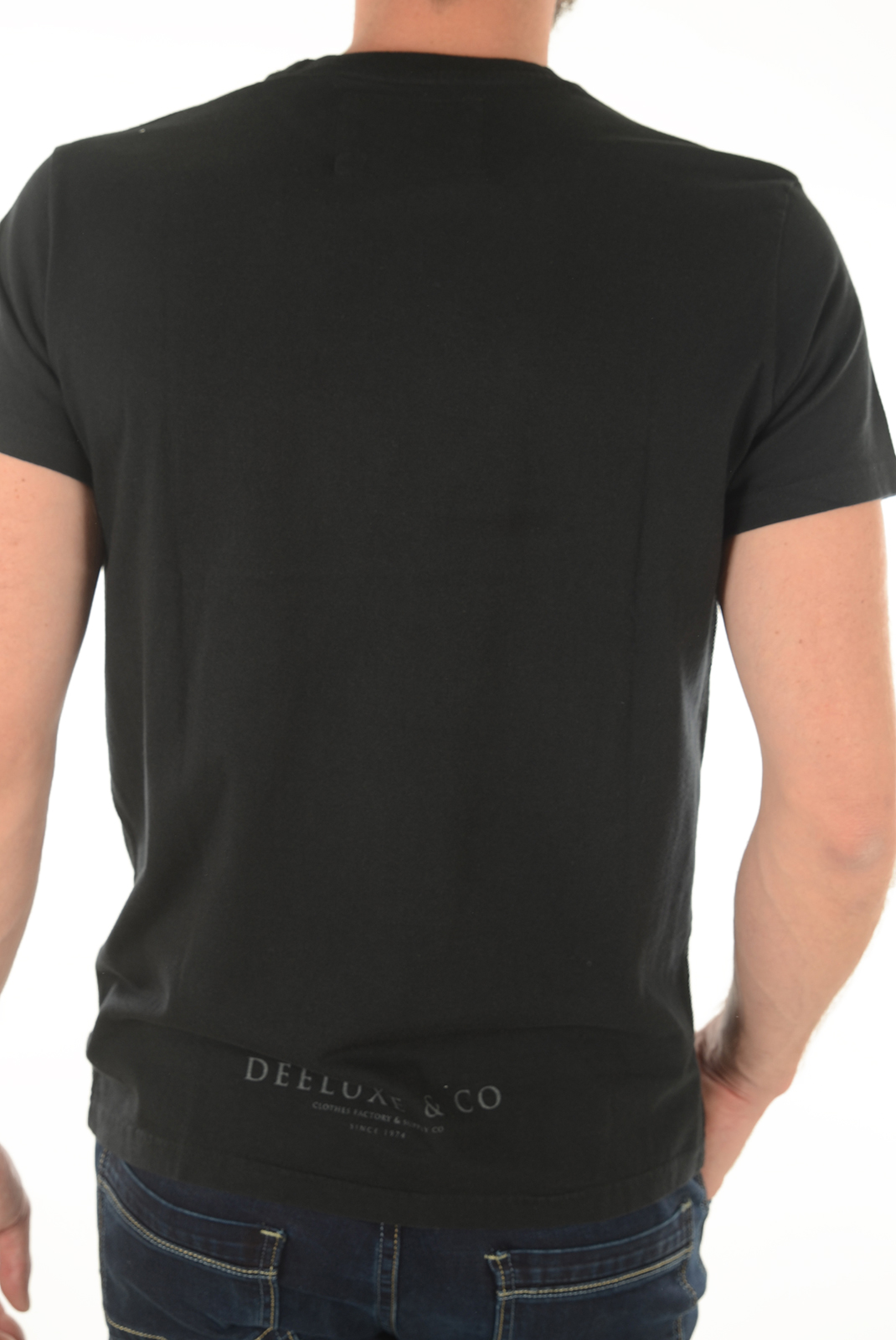 Tee-shirts manches courtes  Deeluxe OBSESSION NOIR
