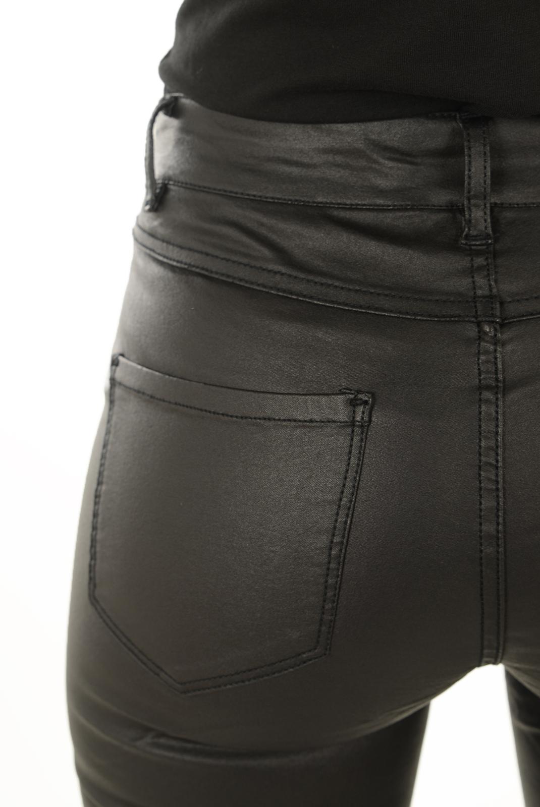Pantalons  Vero moda SEVEN MAGGIE NW ZIP COATED NOOS BLACK