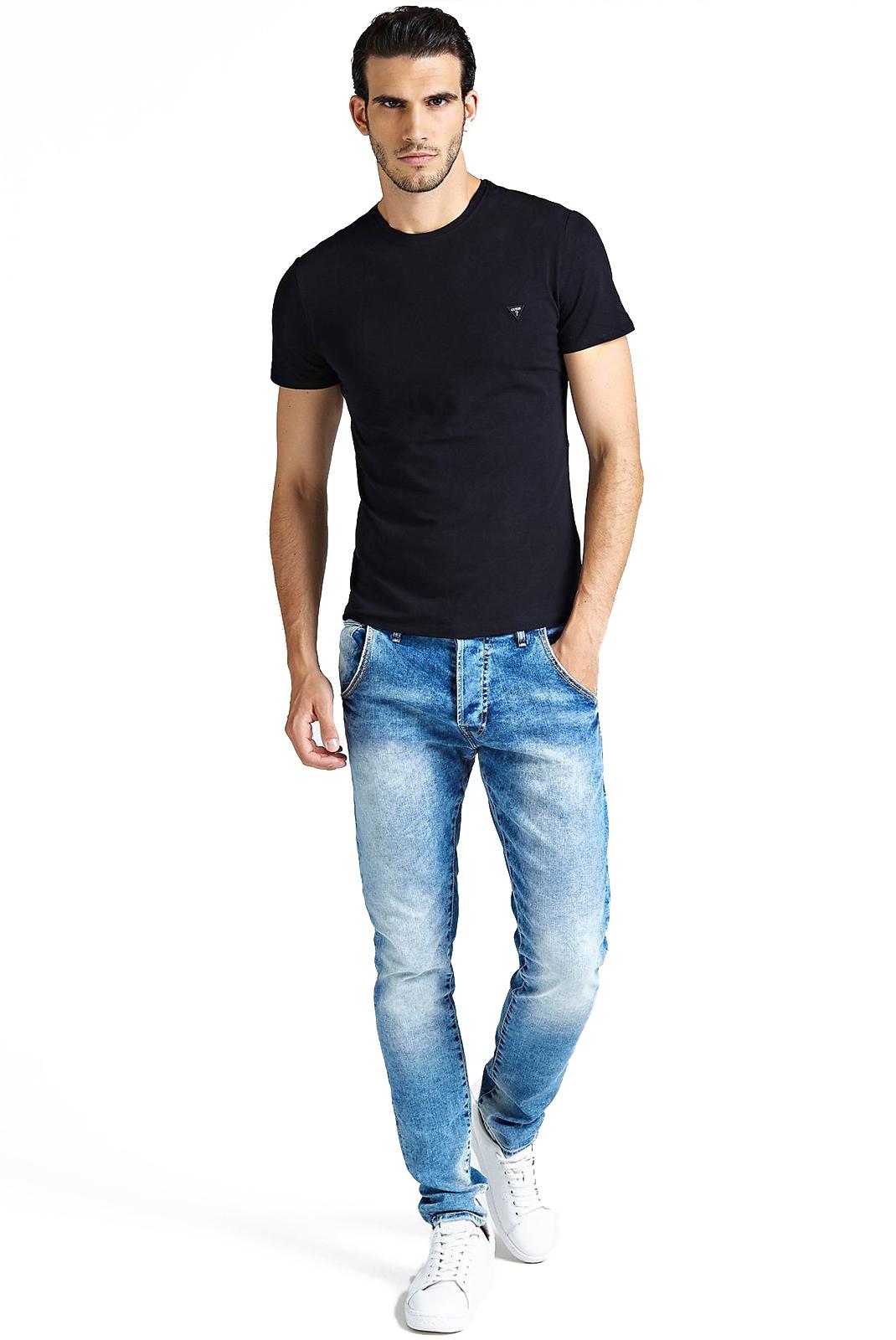 T-S manches courtes  Guess jeans M83I32 J1300 JBLK
