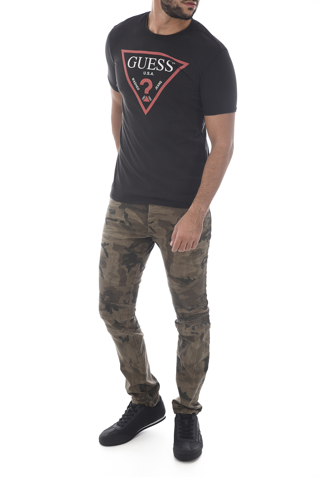 T-S manches courtes  Guess jeans M83I27 J1300 F9Z6 BLACK LIGHT