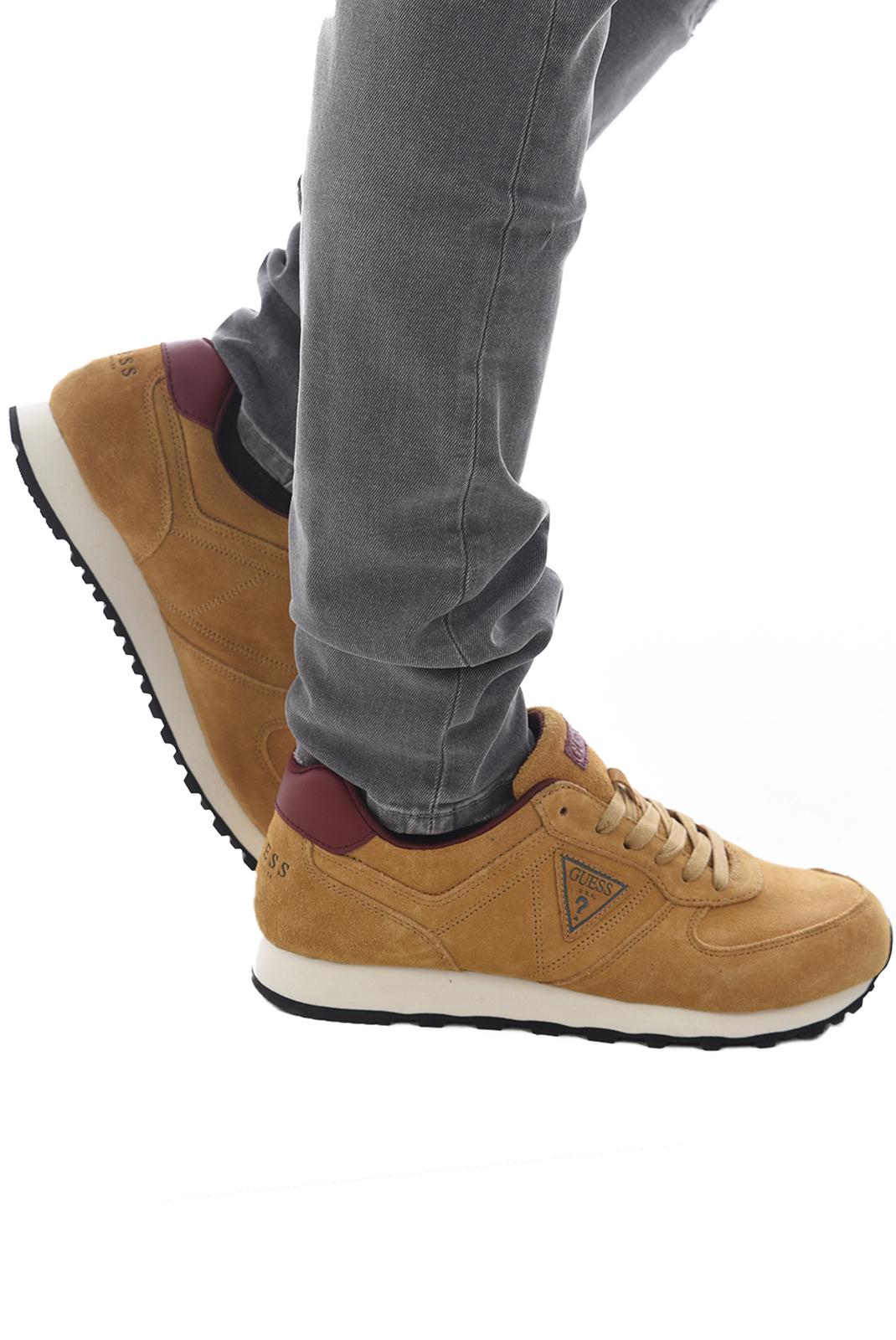 Baskets / Sport  Guess jeans FMCRL3 SUE12 BEIGE