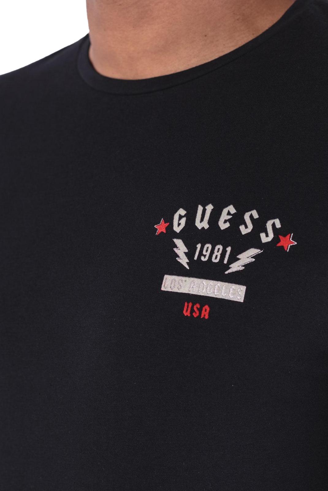 Tee-shirts  Guess jeans M84I37 J1300 Jet Black A996