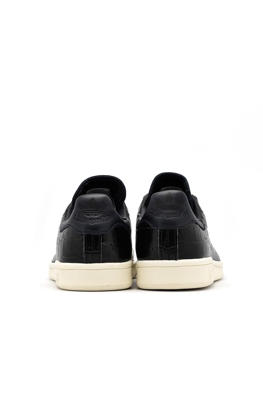 Baskets / Sneakers  Adidas BZ0453 STAN SMITH BLACK
