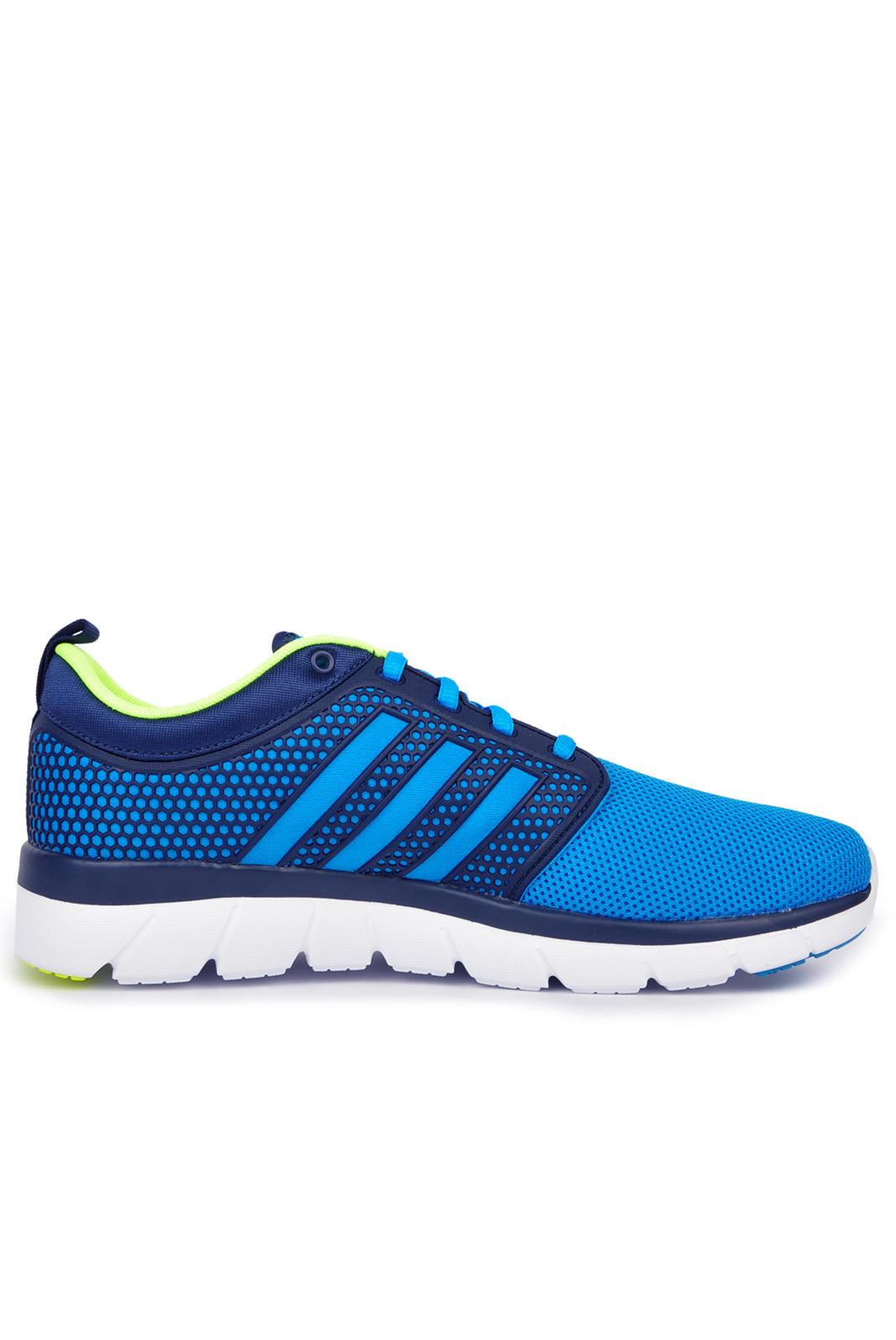 Baskets / Sport  Adidas AQ1427 CLOUDFOAM GROOVE BLUE