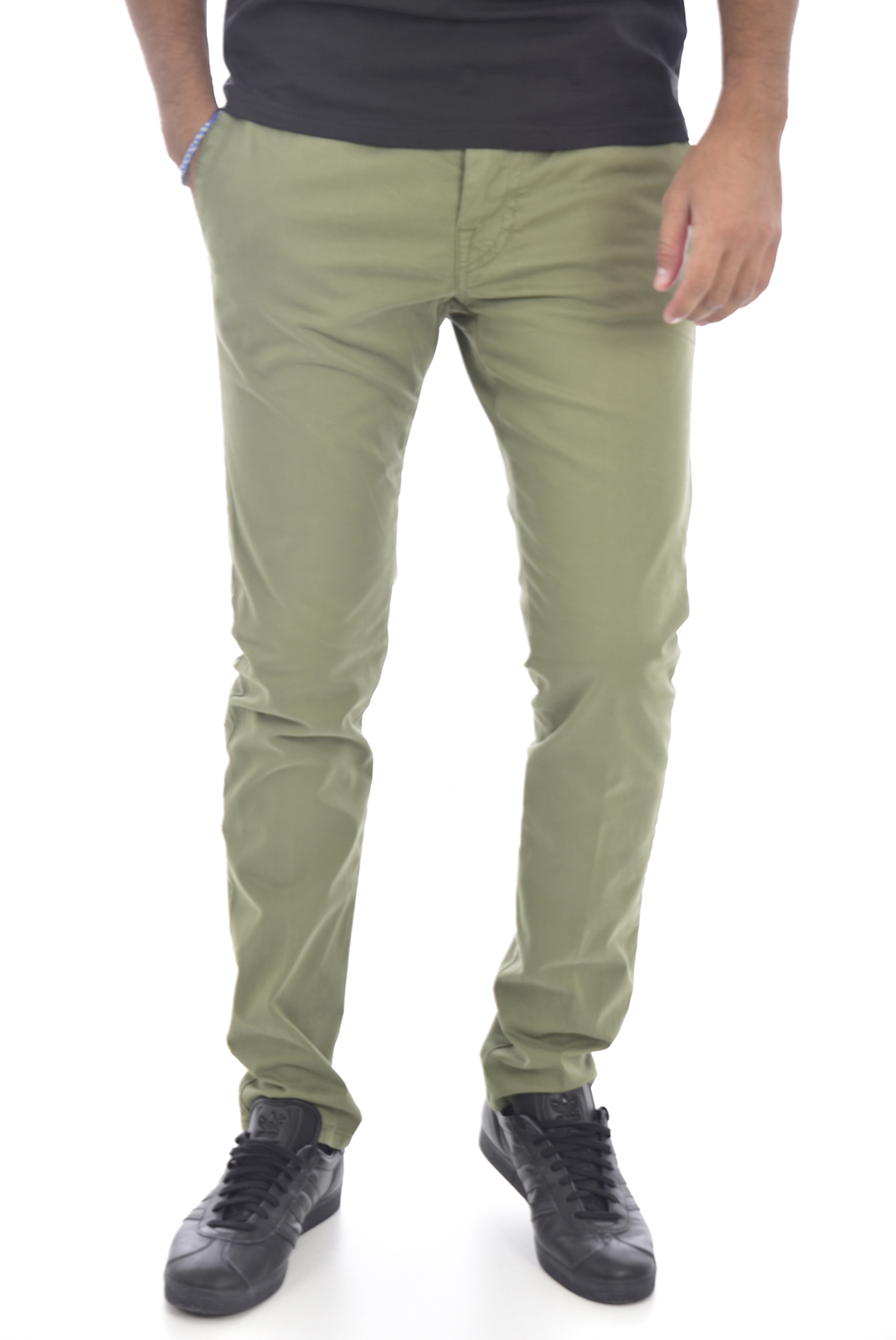 Pantalons chino/citadin  Guess jeans M94B29 WC7Y0 DANIEL VERT/DEEP JUNGLE