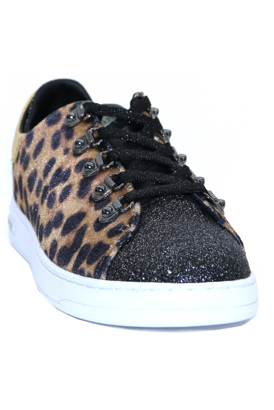 Baskets / Sneakers  Guess jeans FL8CH2 FAP12 charlez BROWN