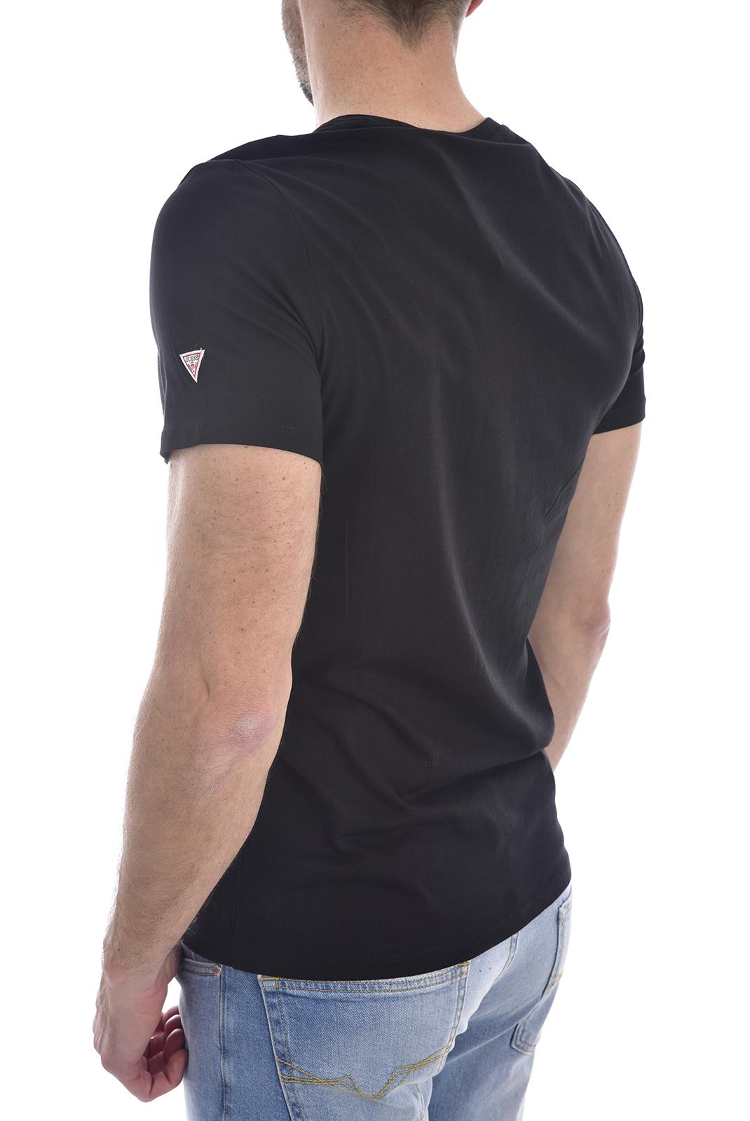 T-S manches courtes  Guess jeans M0GI46 K8HM0CN SS GBC EMBLEM Jet Black A996