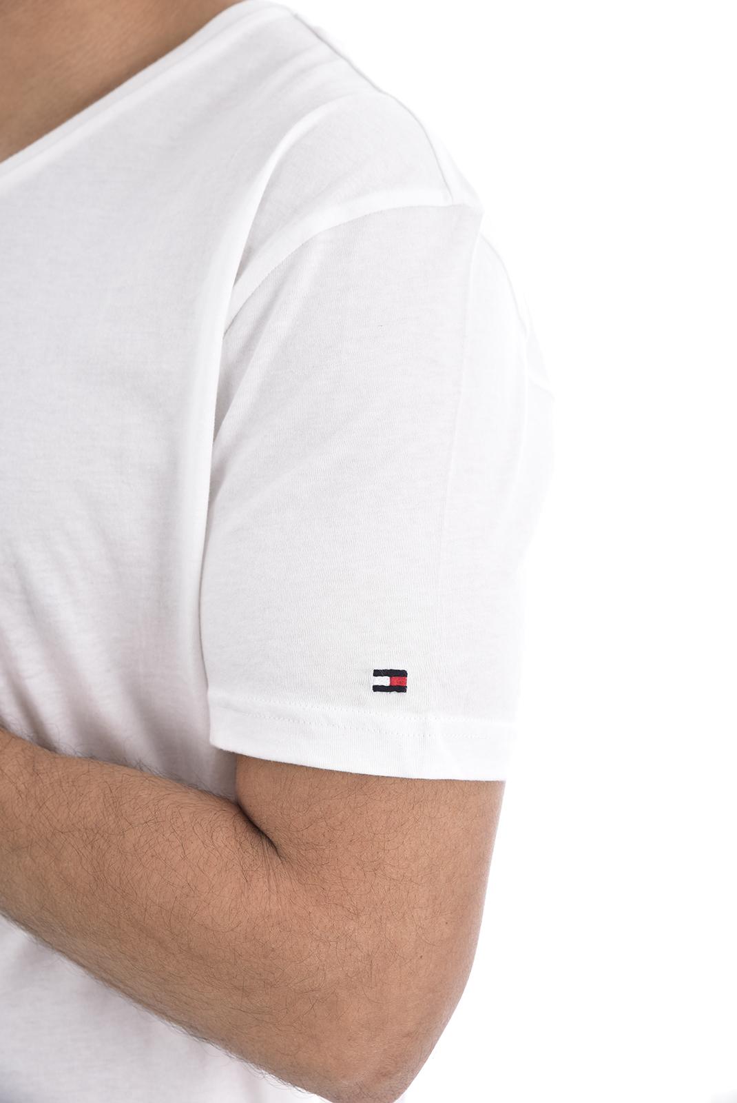 T-S manches courtes  Tommy Jeans UM01029 100 WHITE