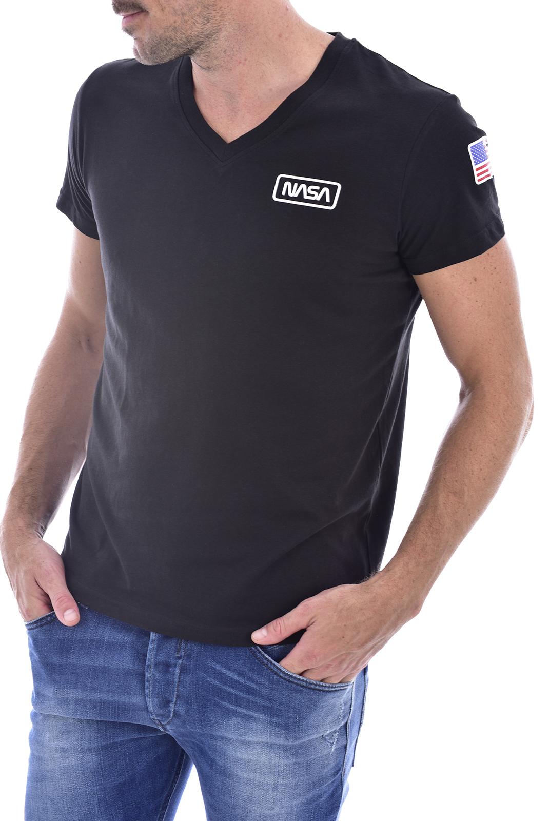 T-S manches courtes  Nasa BASIC FLAG V NECK BLACK