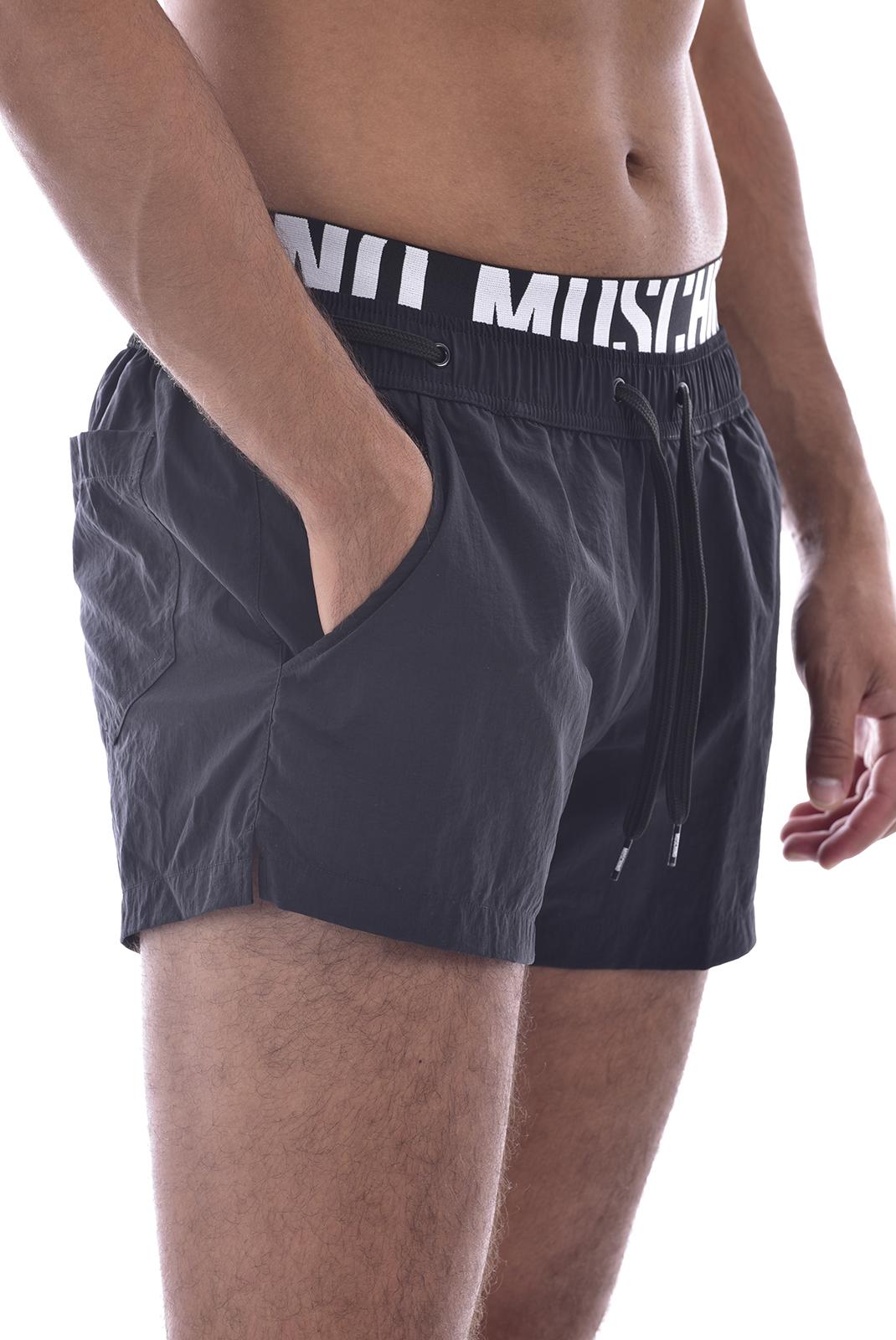Shorts de bain  Moschino A6118 0555 NOIR