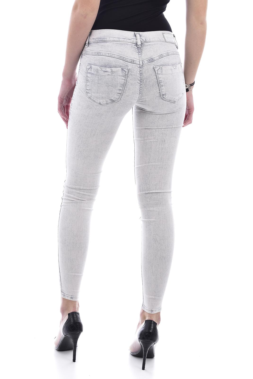 Jeans   Diesel LIVIER-ANKLE 0672M bleu