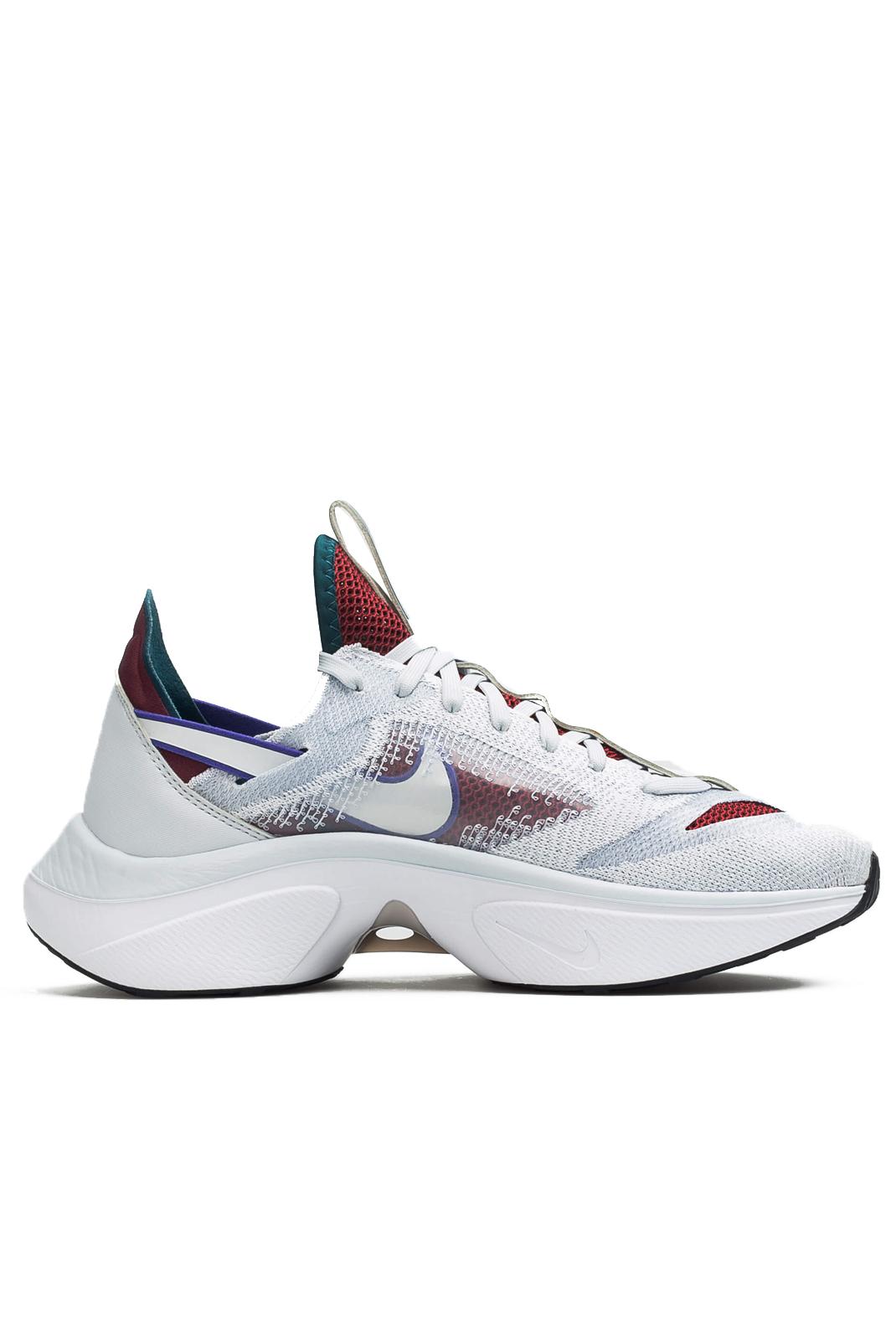 Baskets / Sport  Nike AT5405 003 N110 D/MS/X blanc